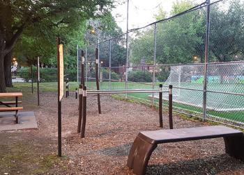Gym extérieur parc Toussaint-Louverture